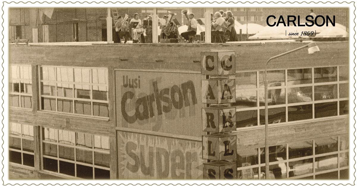 Uuden Super Carlsonin avajaiset v. 1974